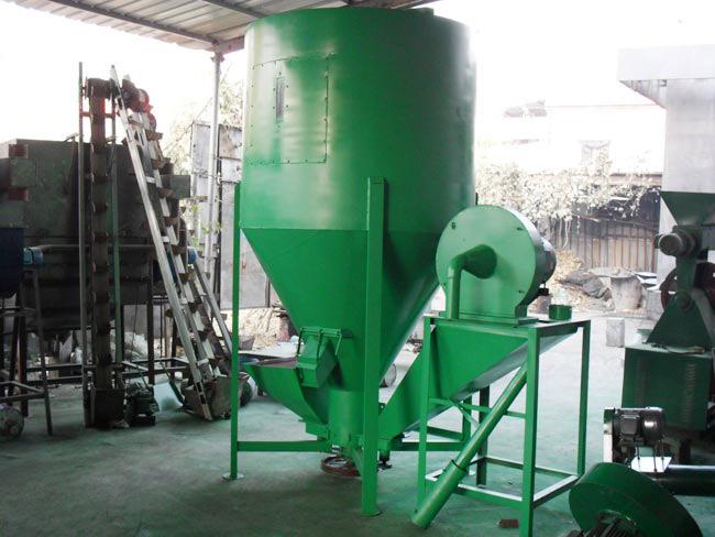 GB型立式自吸粉碎搅拌一体机